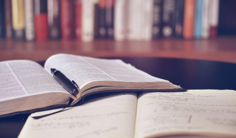 INFORMAZIONI DI BASE SUL LAVORO DI AFFARI PUBBLICI E LIBERTÀ RELIGIOSA