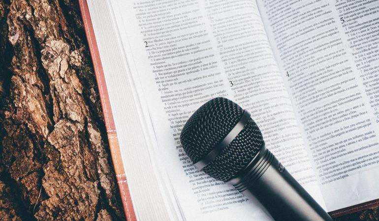 MENO DI UN AMERICANO SU QUATTRO CREDE CHE LA BIBBIA SIA PAROLA LETTERALE DI DIO