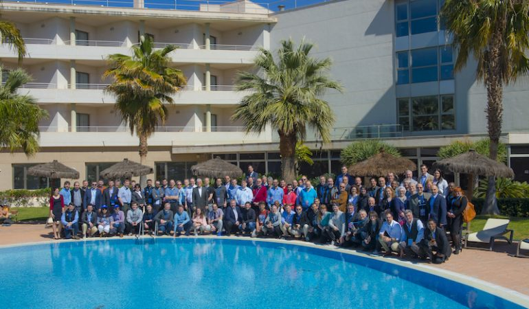 Group photo by the pool. GAiN Europe 2018, AGH Canet Hotel, Canet d'en Berenguer, Valencia, Spain, March 23-28, 2018.