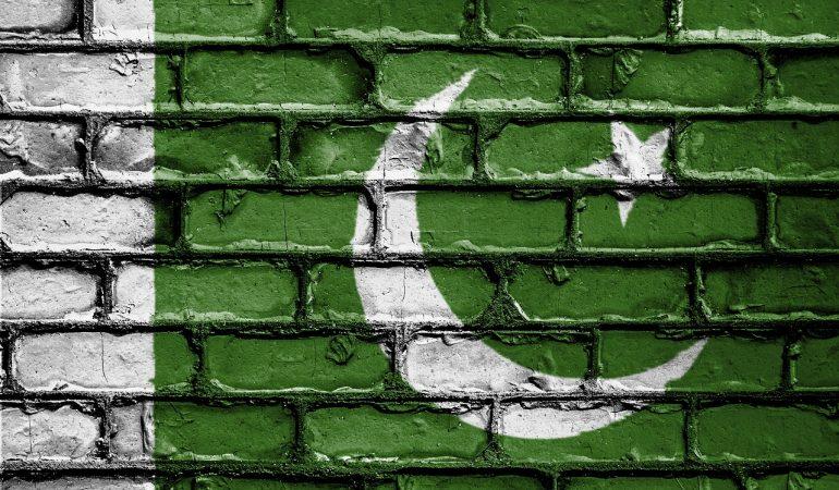 DUE MORTI E OTTO FERITI NEL PRESUNTO ATTACCO TERRORISTICO DAVANTI A UNA CHIESA AVVENTISTA  IN PAKISTAN