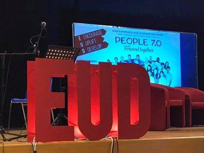 People 7.0